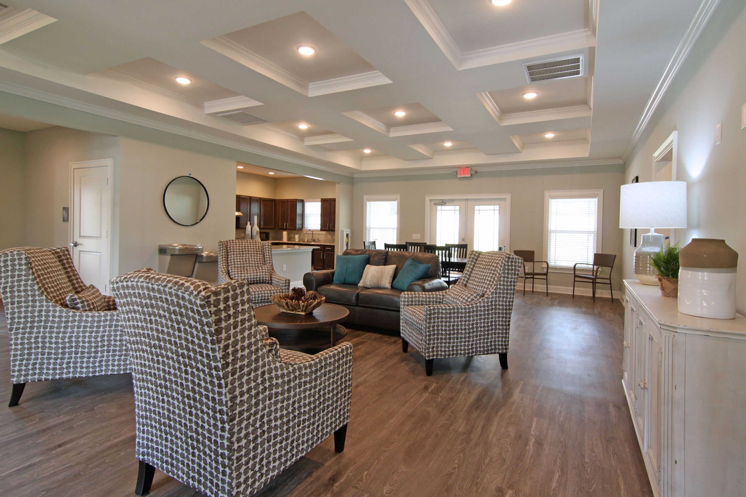 Example Image for Glen Oaks Apartments - view into living room with furniture options